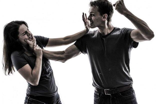 خشونت خانگی و کتک زدن همسر