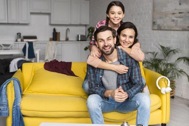 تشویق خانواده به ماندن در قرنطینه