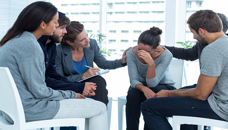تأثیر رفتار درمانی شناختی گروهی در درمان افسردگی