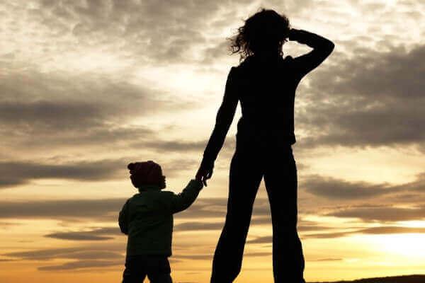 فرزندپروری مهاجران تک والدی