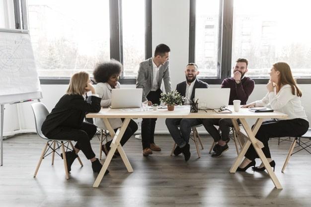 رفتار مناسب در اولین ملاقات و اصول جذب افراد
