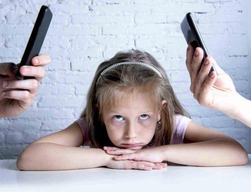 بی توجهی به کودک و راهکارهای بهبود ارتباط با او