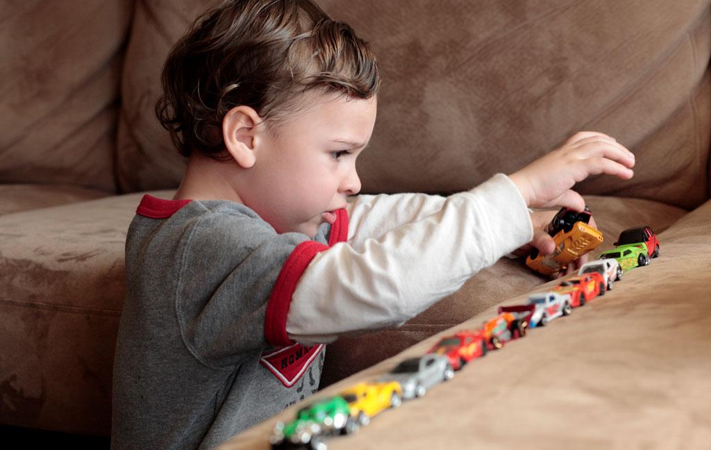 اوتیسم در کودک 2 ساله