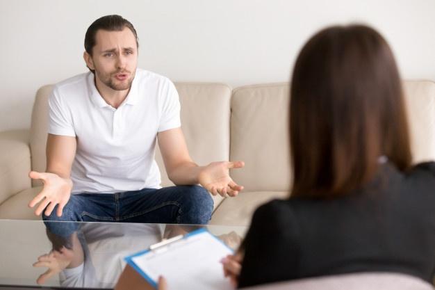 بحرانی در جلسات روان درمانی